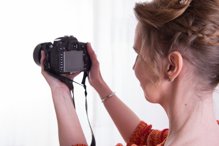 female photographer: female Photographer at work