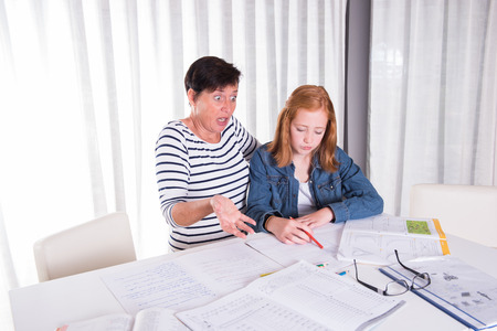 familiy: daughter and mother are clueless regarding homework