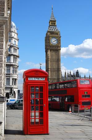 bus anglais: Big Ben, cabine t�l�phonique rouge et bus � imp�riale � Londres