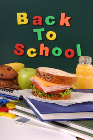 untidy text: Back to school with packed lunch