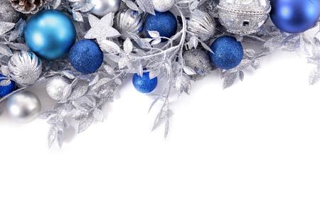 blue: Biên giới với đồ trang trí Giáng sinh truyền thống. Không gian cho bản sao.