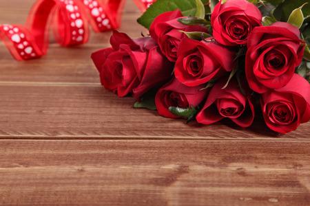 saint valentine: Valentine roses with red ribbon