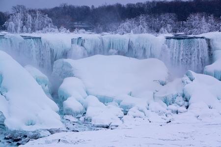 niagara falls city: Frozen Niagara Falls