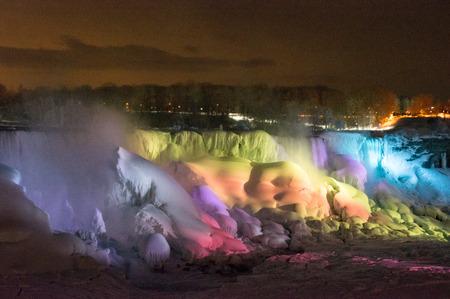 Niagara Falls at Winter Night Reklamní fotografie - 37395952