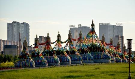 Structures with prayer flags Foto de archivo - 97816964