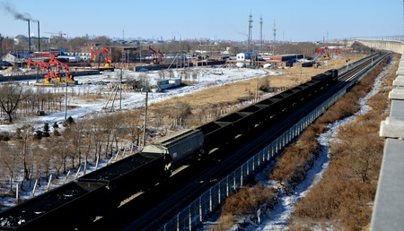 railway transportation: Oil production in Daqing oil field of railway transportation