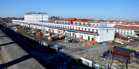 motor de carro: Daqing en el noreste de parque log�stico de China
