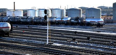 fuel storage: Railway fuel storage tanks