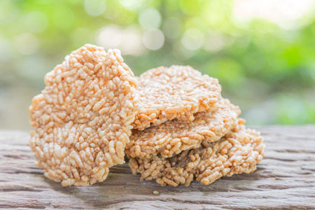 galletitas: rice crackers