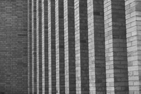The facade of the new Chinese building in the city center has simple and powerful lines 版權商用圖片