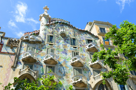 Casa Batllo (La Casa Batll?) is an Modernism masterpiece by architect Antoni Gaudi at Eixample District in Barcelona, Catalonia, Spain 免版税图像