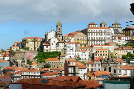 senhora: Igreja de Nossa Senhora da Vitoria, Oporto, Portugal.