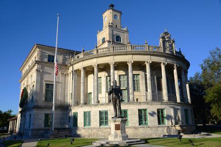 米国、フロリダ州マイアミ コーラル ゲーブルズ市役所コーラル ゲーブルス市庁舎はジョージ ・ メリックによって支持されるスペインのルネサンス