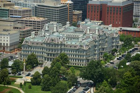 ejecutivo en oficina: Eisenhower Executive Office Building Viejo Vista a�rea de la parte superior del monumento de Washington en Washington, Distrito de Columbia, EE.UU.