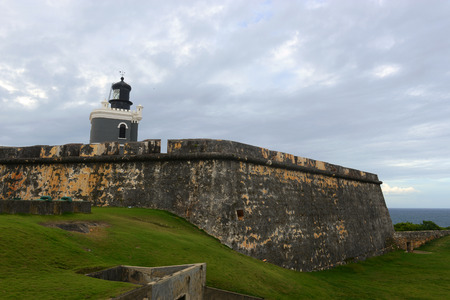 san juan: Castillo San Felipe del Morro El Morro Lighthouse, San Juan, Puerto Rico. Castillo San Felipe del Morro is designated as UNESCO World Heritage Site since 1983.