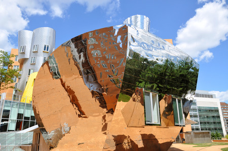 mit: MIT Modern architecture the Stata Center designed by Frank Gehry in Massachusetts Institute of Technology Cambridge Boston Massachusetts USA.