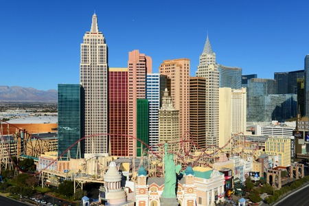 New York-New York Hotel and Casino on Las Vegas Strip in Las Vegas, Nevada, USA. This Hotel is built with replicas of famous landmarks on New York City skyline. Éditoriale