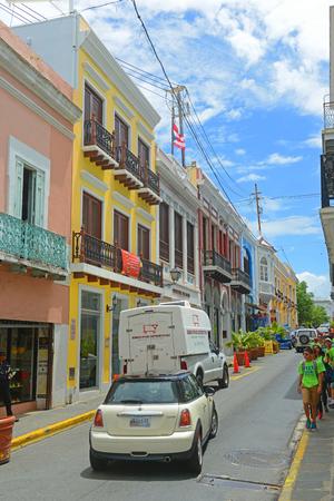 Historic building on Calle de San Francisco at Calle de San Justo in Old San Juan, Puerto Rico. Editoriali