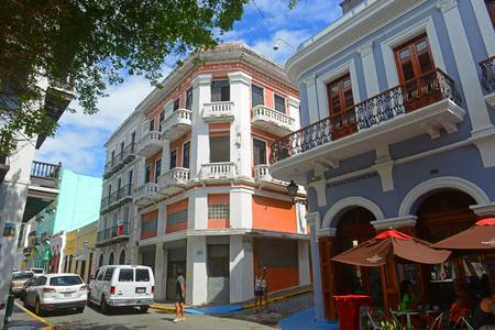 Historic building on the corner of Calle de San Francisco and Calle de O`Donnell in Old San Juan, Puerto Rico. Editoriali