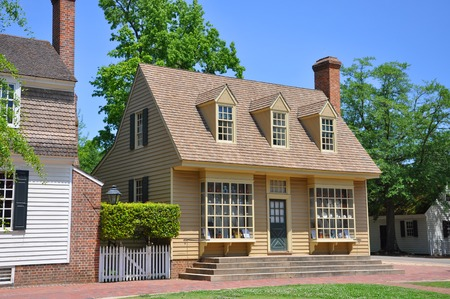 Antike William Pitt Store in Colonial Williamsburg, Virginia, USA.