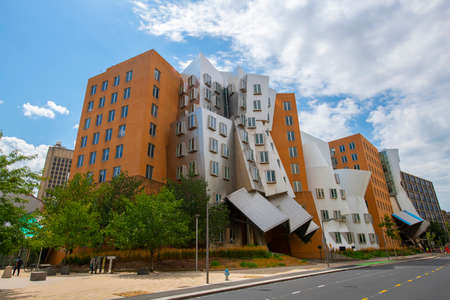 Massachussets Institute of Technology (MIT) Ray and Maria Stata Center and campus, Cambridge, Massachusetts MA, USA. Foto de archivo