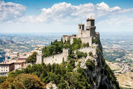 Château de Saint-Marin, Italie Banque d'images - 28974210