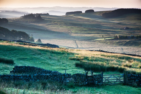 hadrian: Adriano s pared, Northumberland, Inglaterra Foto de archivo