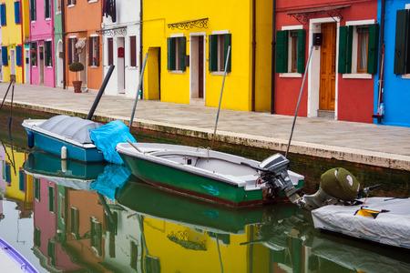 ブラーノ島ベニス, イタリア, ヨーロッパの主要な島の島の家
