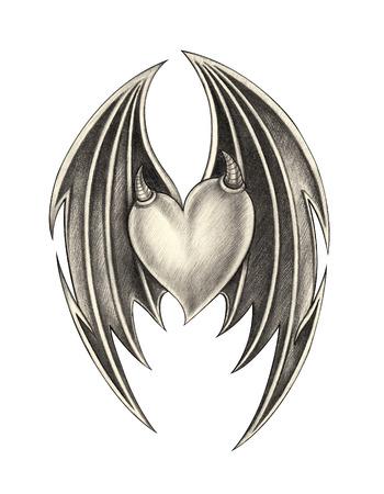 Hart vleugel devil tattoo .Hand potloodtekening op papier.