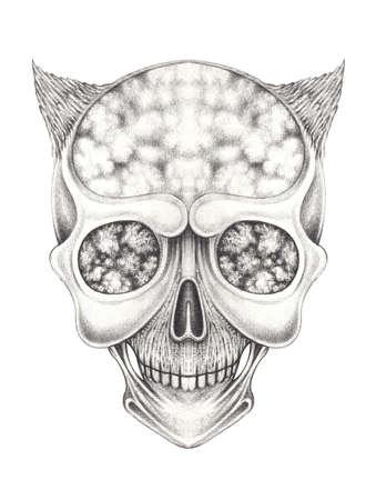 Surreal devil skull tattoo. Hand drewing on paper. Banque d'images