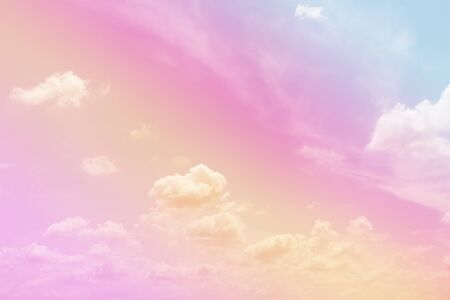 Cloud and sky with a pastel colored background Banque d'images