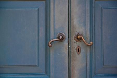 ancient design handle door in temple Stock Photo - 12815792