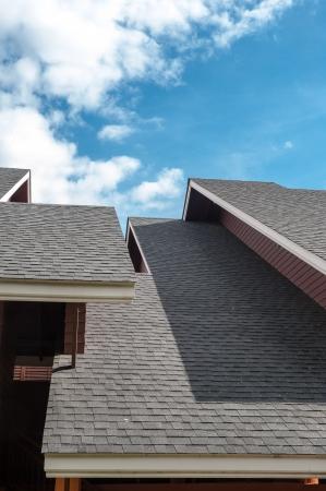 shingles: tejas de techo, de estilo contempor�neo