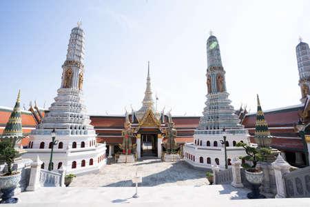Beautiful temple of the Emerald Buddha, Wat Phra Kaew Wat is a famous tourist destination of Bangkok. 版權商用圖片