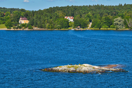 Swedish settlements on islets of Stockholm Archipelago in Baltic Sea, Sweden Stock Photo - 101228291