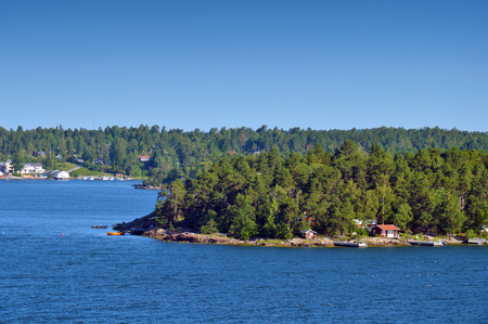 Swedish settlements on islets of Stockholm Archipelago in Baltic Sea, Sweden Stock Photo - 101228673