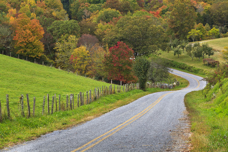 A beautiful country drive in the fall