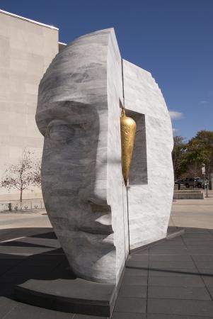 Face Sculpture in Denver Sajtókép
