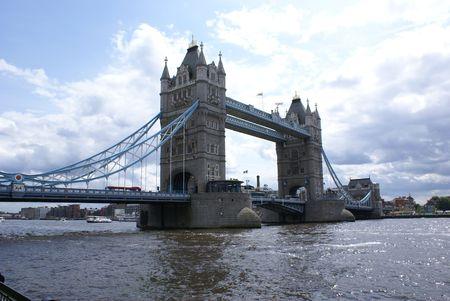 연합 왕국: Tower Bridge in London, England, United Kingdom 스톡 사진