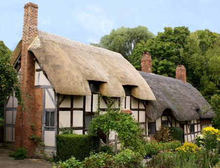 시골집: Anne Hathaways (Shakespeares Wife) Cottage in Shottery, Warwickshire 스톡 사진