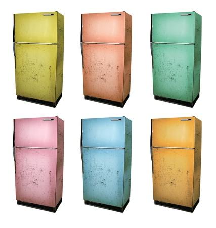 Zes kleur versies van een oude koelkast