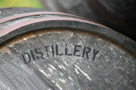 whiskey: Bourbon, whisky en scotch veroudering vat  Stockfoto