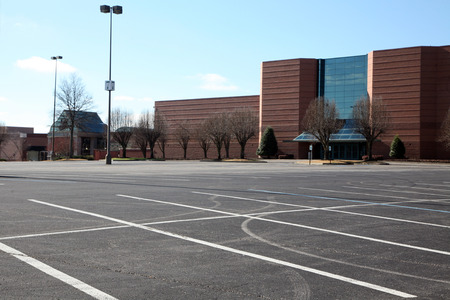 no parking sign: Empty parking lot at a mall.