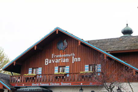FRANKENMUTH, MICHIGAN-DECEMBER 30, 2017:  The Bavarian Inn is a Frankenmuth landmark, having served family style chicken dinners for over 60 years. 新闻类图片