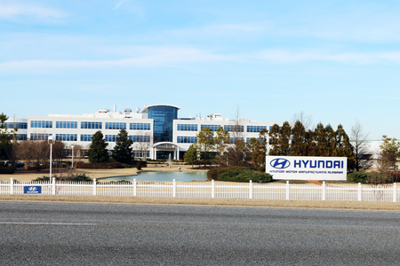 MONTGOMERY, ALABAMA-DECEMBER 26, 2017:  Headquarters for the Hyundai automotive assembly plant in Montgomery, Alabama.  The plant recently celebrated the assembly of their 5,000,000th car. Standard-Bild - 101834373