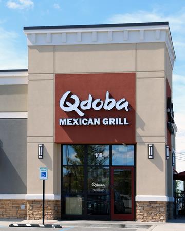 NASHVILLE, TENNESSEE-DECCEMBER 23, 2017:  New Qdoba Mexican Grill restaurant. Qdoba is a market leader in the fast casual Mexican restaurant market segment. Standard-Bild - 101834384