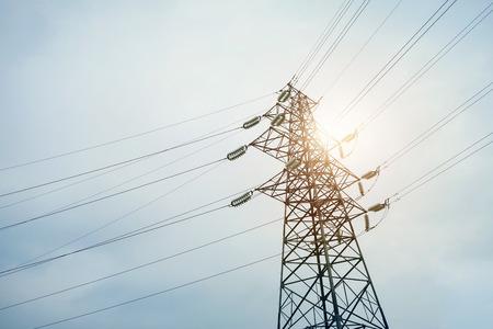 cables electricos: Cables eléctrico de la torre