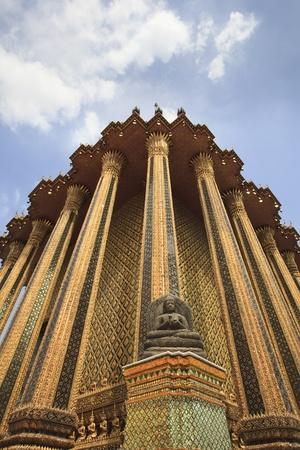 Wat Phra Kaew (Temple of the Emerald Buddha), Thailand. Stock Photo - 8604768