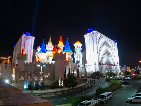 nice colors in the dark of a crazy city in nevada, casinos, hotels, resorts and much more thinks hidden under this shinny city 報道画像