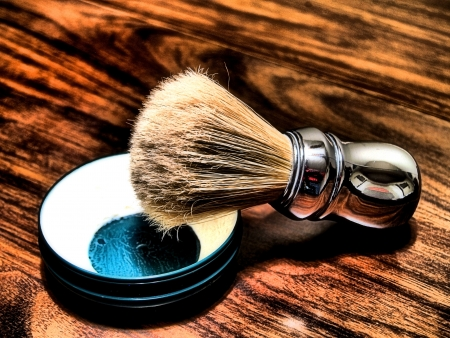 Photograph of shaving soap and brush 免版税图像